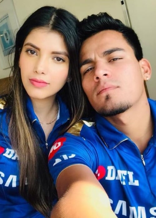 Rahul Chahar as seen in a selfie taken with his girlfriend Ishani in April 2019