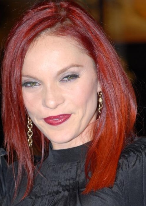 Singer Carmit Bachar at the premiere of 27 Dresses (1)-min