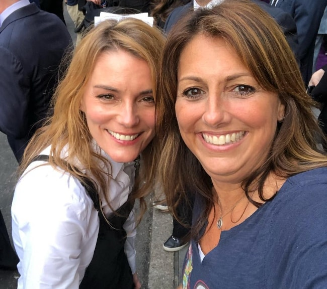 Susan Misner (Left) as seen while smiling in a selfie