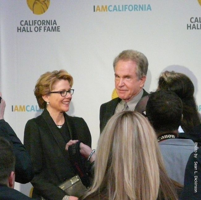 Warren Beatty with his wife Annette Bening during his induction at the California Hall of Fame in 2013