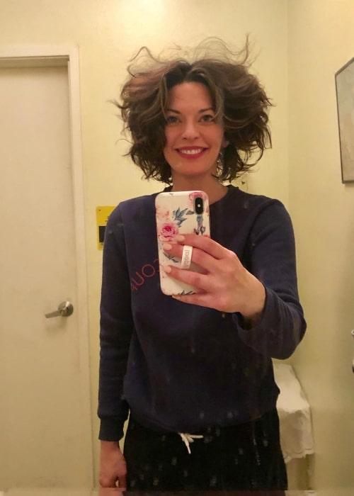 Alana de la Garza as seen while taking a fun mirror selfie in May 2019