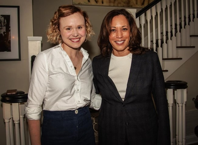 Alison Pill (Left) as seen while posing for the camera along with Kamala Harris in 2019