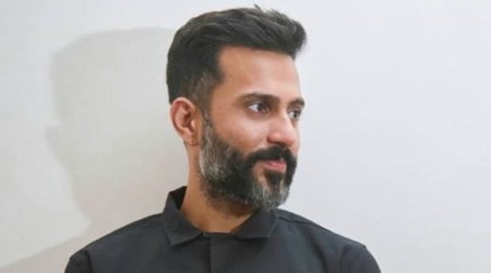 Anand Ahuja Height, Weight, Age, Body Statistics