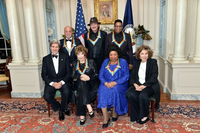 Billy posing with fellow 2013 Kennedy Center honorees Carlos Santana, Herbie Hancock, Shirley MacLaine, and Martina Arroyo in Washington D.C.