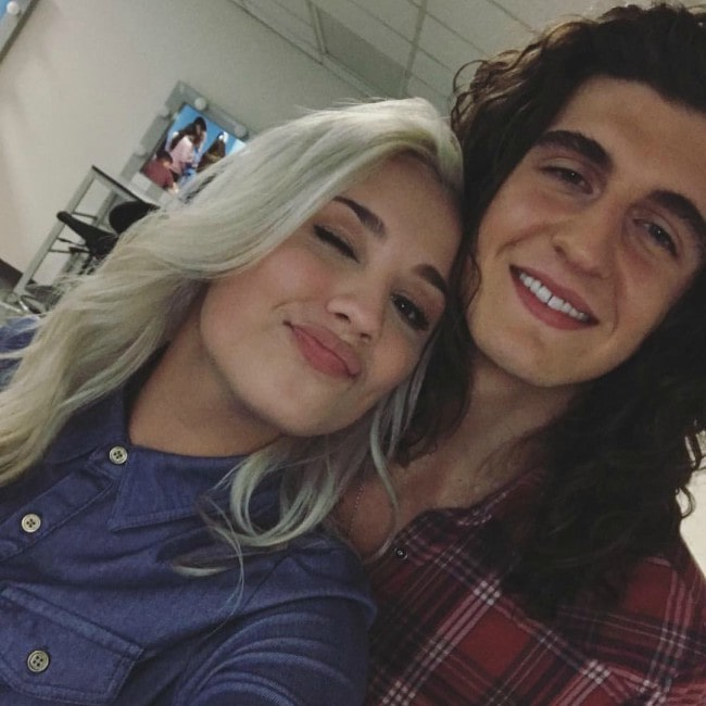 Cade Foehner and Gabby Barrett in a selfie in May 2019