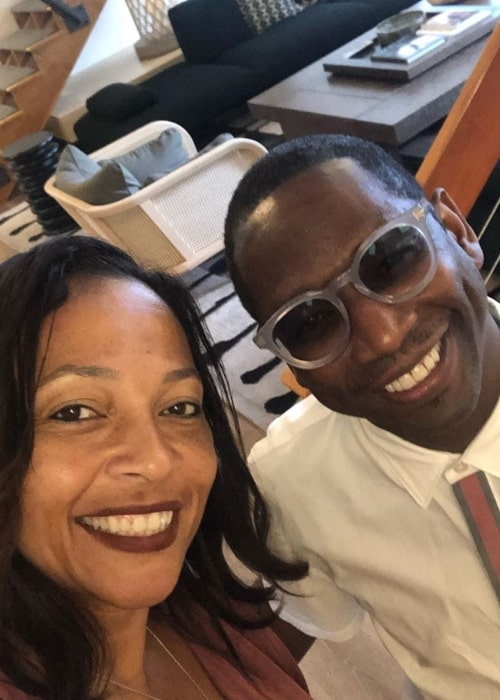 Guy Torry as seen in a selfie taken with his talent agent Tamra Goins at Innovative Artists in November 2019