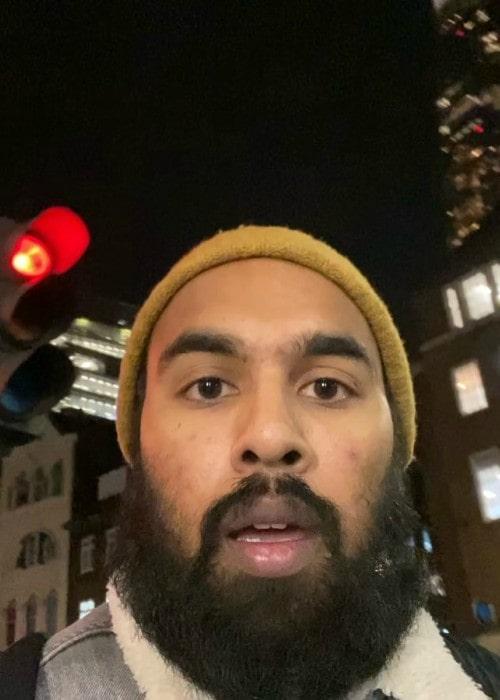 Himesh Patel in an Instagram selfie as seen in November 2019