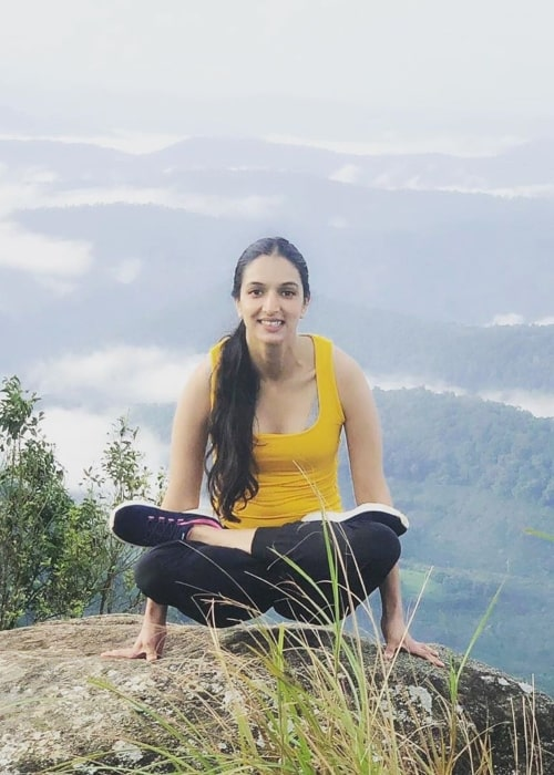 Ira Trivedi as seen in a picture taken while performing an asana on the edge of 3200 feet drop in September 2019