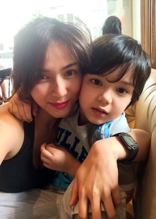 Jennylyn Mercado as seen in a picture with son Alex Jazz in October 2014
