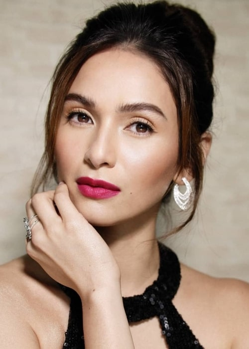 Jennylyn Mercado as seen while posing for a stunning picture in July 2019