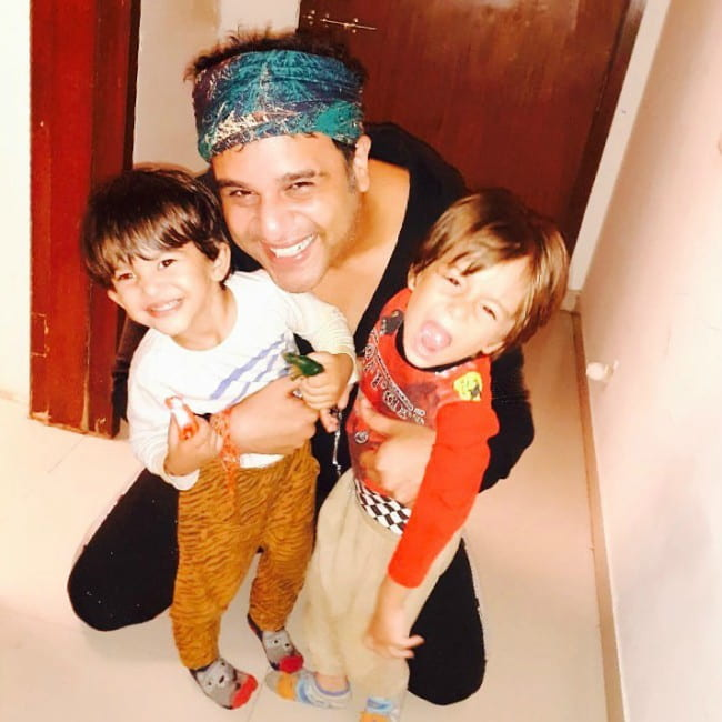 Krushna Abhishek with his kids as seen in November 2019