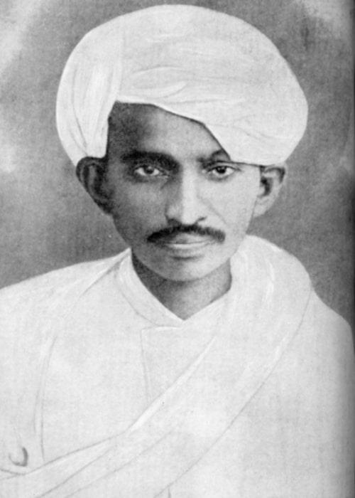 Mahatma Gandhi as seen in a Kathiawadi dress in 1915