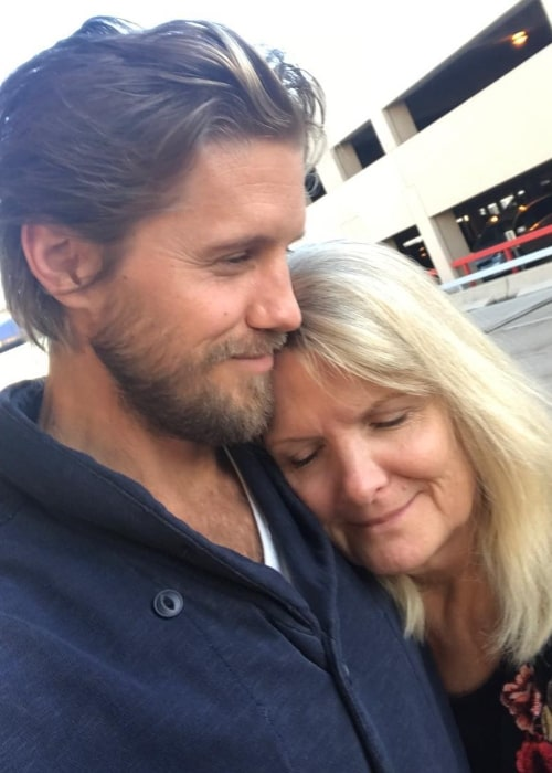 Matt Barr as seen in a selfie with his mother DeDe Barr in January 2018