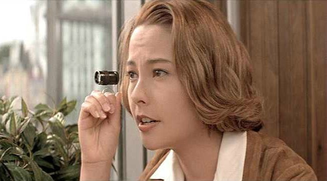 Michelle Ferre in a still from the 1998 film Ngo si seoi