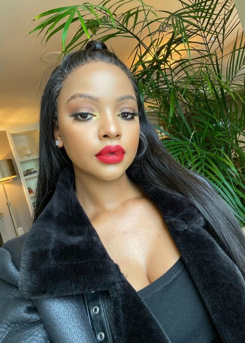 Mihlali Ndamase in a selfie in October 2019