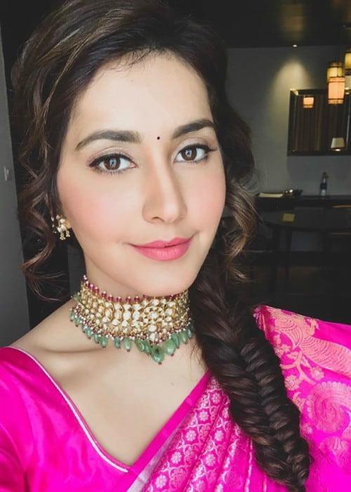 Raashi Khanna in an Instagram selfie as seen in December 2018