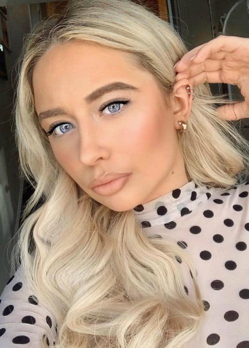 Saffron Barker in an Instagram selfie as seen in December 2019