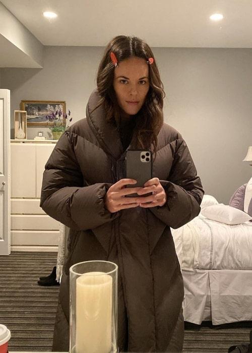 Sarah Butler as seen while taking a mirror selfie in November 2019