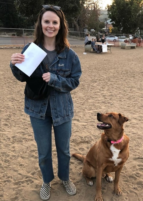 Sarah Ramos as seen in a picture with a dog from the Hope For Paws Rescue Center in January 2019