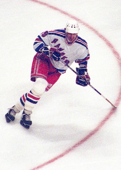 Wayne Gretzky during a match in 1997