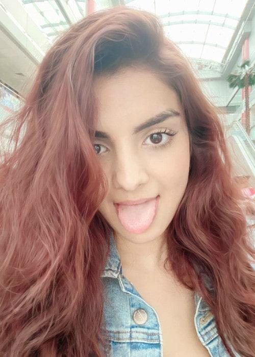Anveshi Jain in an Instagram selfie as seen in January 2020