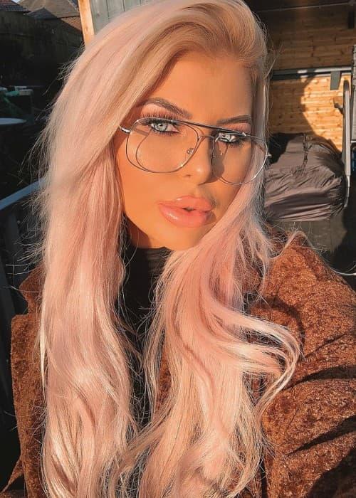 Chloe Chaloner in an Instagram selfie in December 2019