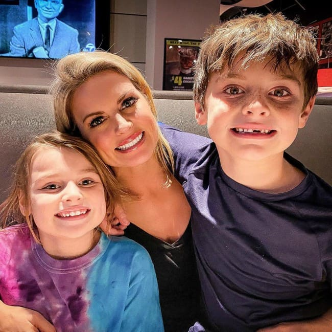 Courtney Friel with her kids as seen in January 2020