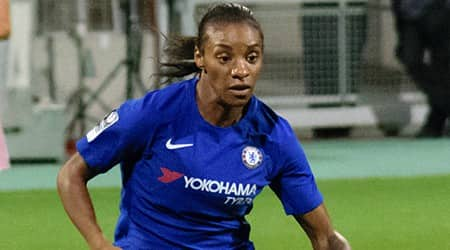 Crystal Dunn Height, Weight, Age, Body Statistics