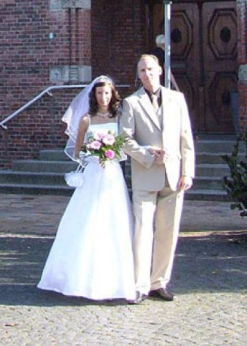 Ioana Spangenberg as seen in a picture with her husband Jan taken on the day of the wedding in 2006