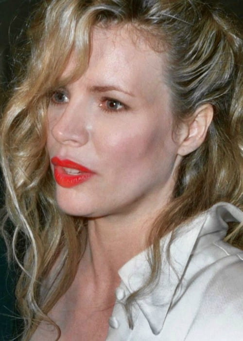Kim Basinger at the 1990 Academy Awards