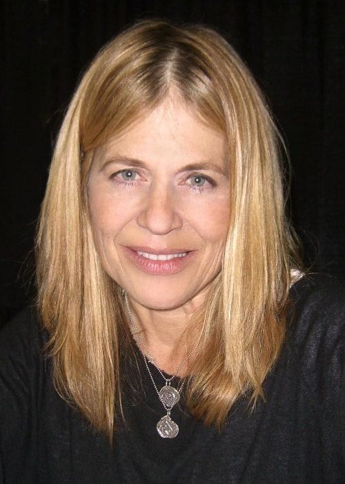 Linda Hamilton as seen while smiling in a picture at the Big Apple Convention in Manhattan in October 2009