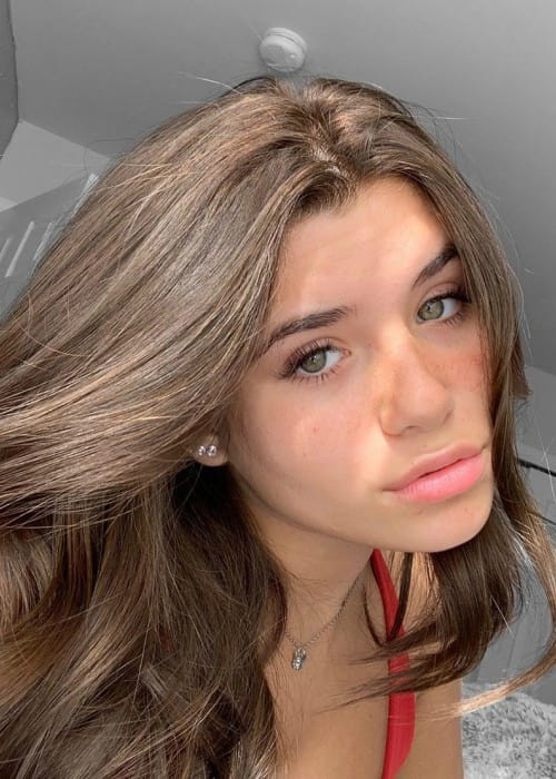 Nessa Barrett in an Instagram selfie as seen in October 2019