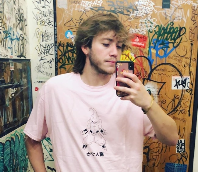 Paulo Londra as seen while taking a mirror selfie in September 2019