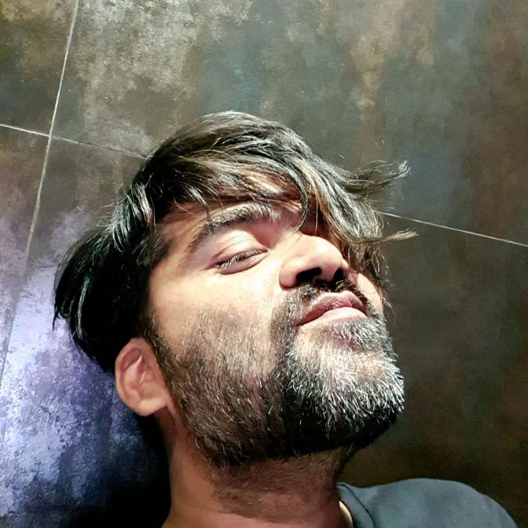 Silambarasan in an instagram selfie as seen in 2019