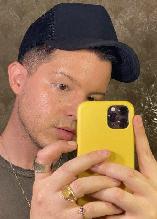 Simon Curtis in a selfie as seen in December 2019