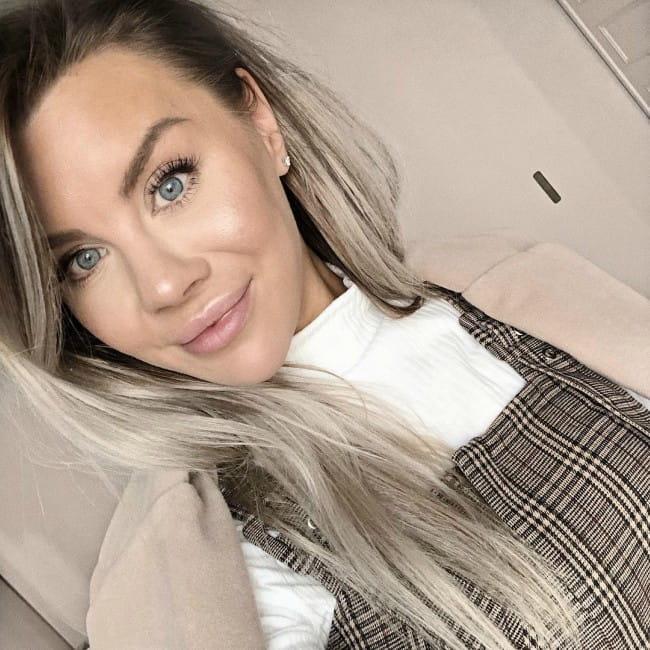 Therése Lindgren in an Instagram selfie as seen in March 2019