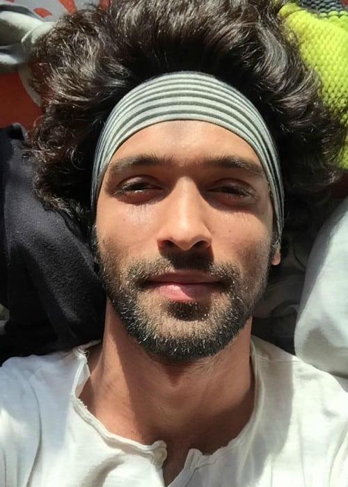 Vikrant Massey in an Instagram selfie as seen in March 2016