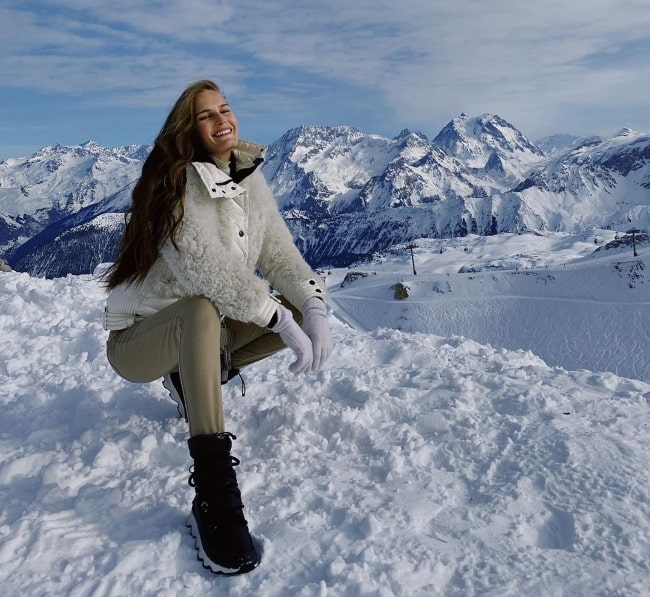 Alla Kostromichova as seen while smiling for the camera amidst the stunning setting in January 2020