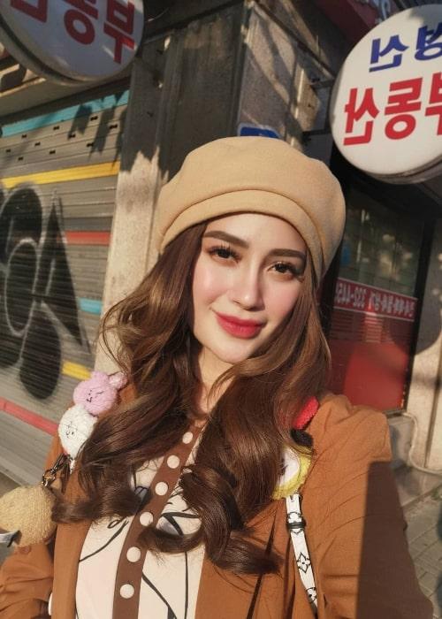 Arci Muñoz taking a selfie in Seoul, South Korea in October 2019