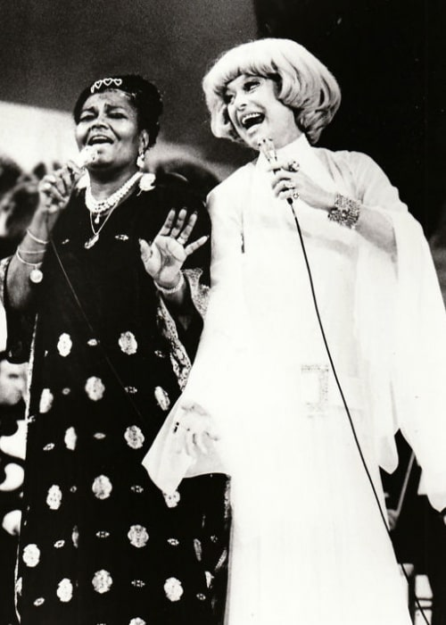 Carol Channing (Right) and Pearl Bailey on the television special 'One More Time' in 1973
