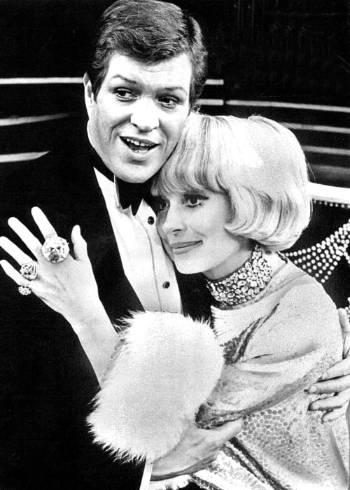 Carol Channing and Peter Palmer in the Broadway musical 'Lorelei' in 1973