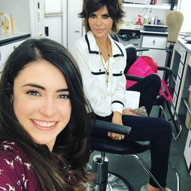 Daniela Bobadilla taking a selfie with Lisa Rinna in September 2017