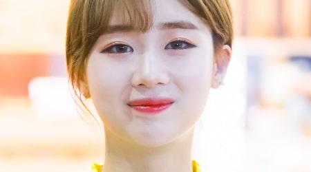 Kim Hyeon-jeong Height, Weight, Age, Body Statistics