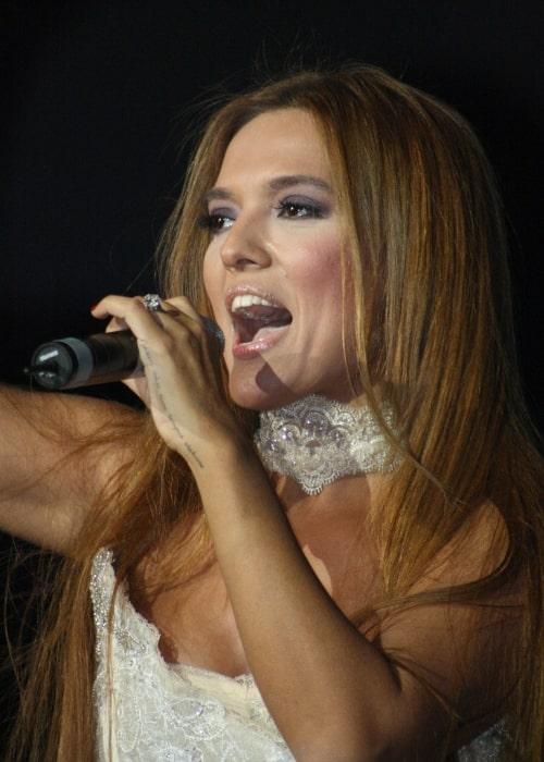 Demet Akalın as seen while performing in November 2011