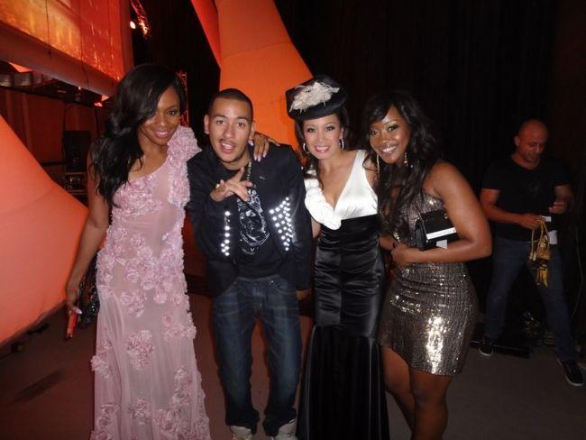 (From left to right) Bonang Matheba, AKA, Jen Su, and Lorna Maseko backstage at the South African Music Awards 2012