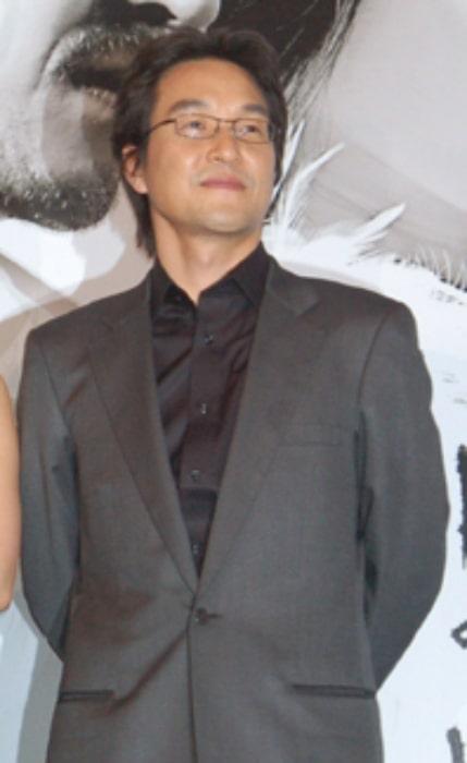 Han Suk-kyu as seen in November 2009