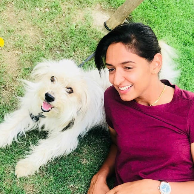 Harmanpreet Kaur with her dog as seen in January 2019