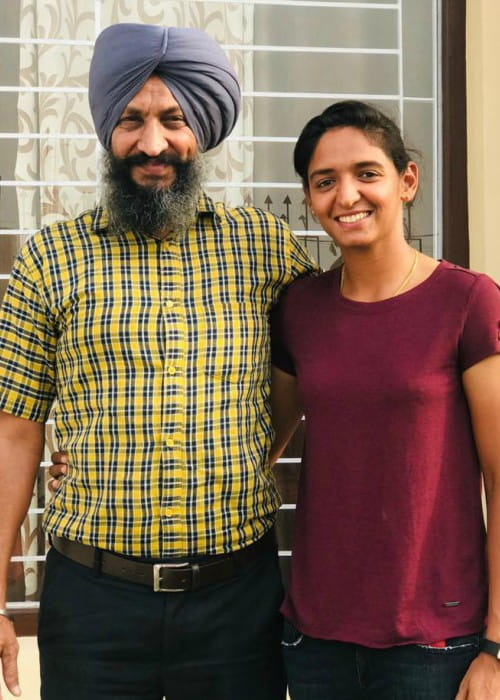 Harmanpreet Kaur with her father as seen in June 2019