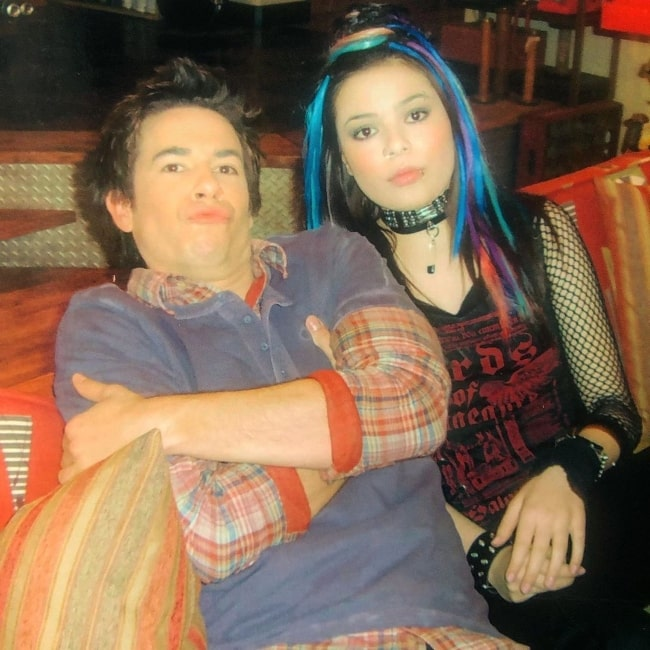 Jerry Trainor and Miranda Cosgrove posing for a picture