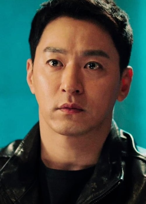 Joo Jin-mo as seen in a screenshot taken in the past from a scene that he was acting in